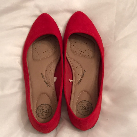 So Women's Red Pointed Flats